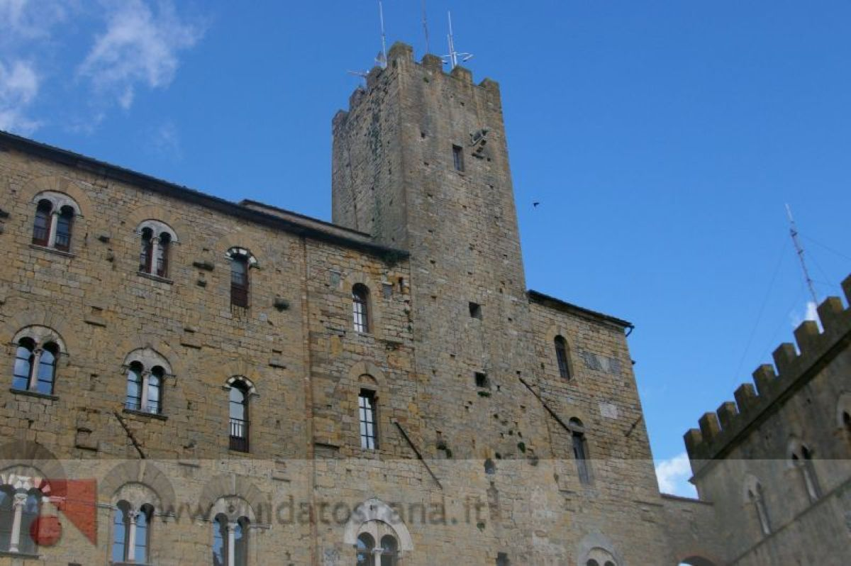 Praetorian Palace and Tower Piggy - Volterra